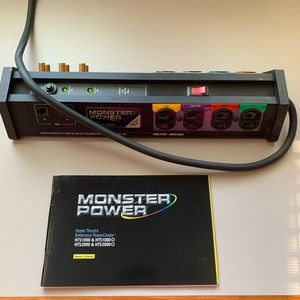 Monster HTS1000 power center